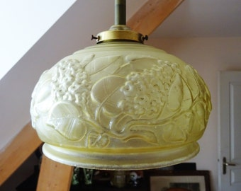 1930s - Light shadow Art Deco french glass décor of flowers of lilac-lamp ceiling lamp day/illuminati10