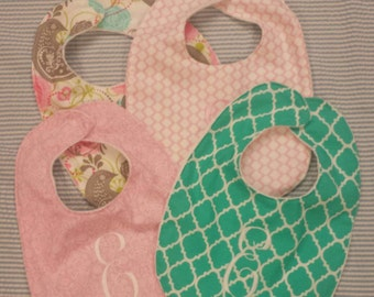 Baby bibs / Monogrammed bibs / infant / appliqued bib