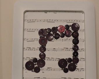 Musical notes button picture