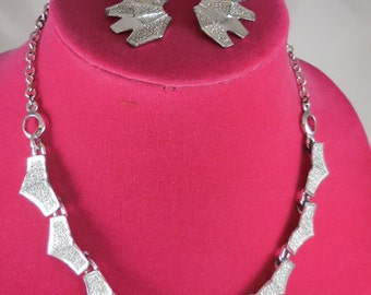 Silver Link Necklace and Earring Set