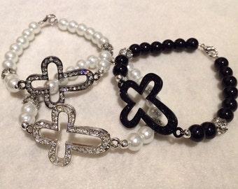 Cross and pearl bracelet