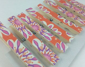 Floral Clothespins, Pink and Orange Clothespins, Decorative Clothespins, Set of 8 Clothespins, Teacher Gift, Photo Display, Chip Clips