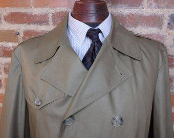 Vintage Mens Botany 500 Trench Coat Tan/Kaki 6-Button Double Breasted w/Belt Size 42R