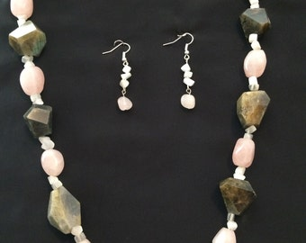 Labradorite and rose quartz necklace set