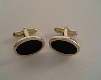 Black Cufflinks, Gold Filled Cufflinks, Black Gold Cufflinks, Groom Cufflinks, Groom Accessories, Oval Black Cufflinks, Black Stone Cufflink