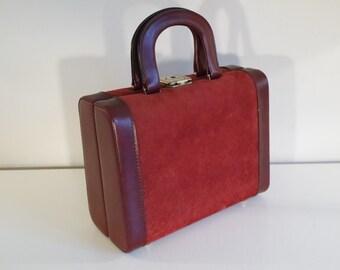 Vintage 70 burgundy vanity case
