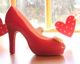 Chocolate Shoe. A Belgian Milk Chocolate Shoe. Chocolate Gift. Gift for her. White Chocolate Shoe. Chocolate Truffles. Gift you can eat.