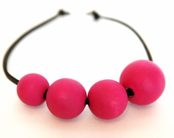 Hand painted Wooden Bead Necklace - FUCHSIA