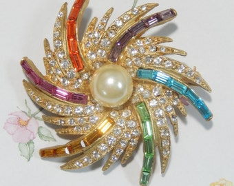 Stunning PELL and MBB Signed Rhinestone and Faux Pearl Brooch Pin