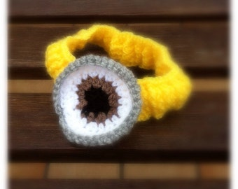 Despicable Me minions crochet headband elastic, one size fits all from 0 to 99 years with eye minions.