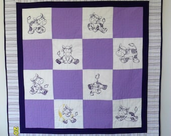 Purple Cow Baby Quilt, Baby Girl Quilt, Purple and White Quilt With  Embroidered Cows Baby Quilt, Purple White Cow Quilt, Baby blanket