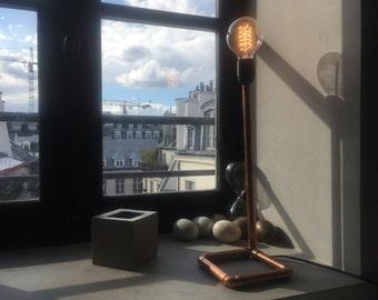 "Copper ""Dharhara"" table lamp | Copper table lamp ""Dharhara"""