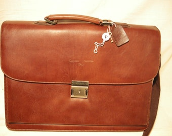 Brown Leather Hand Briefcase.Brand: VALENTINO. NEW.