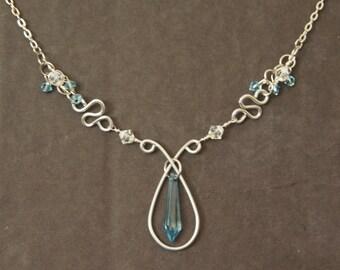 Blue Crystal Metal Necklace