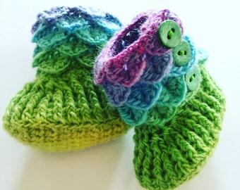 Crocodile Stitch Baby Bootie 0-6 months