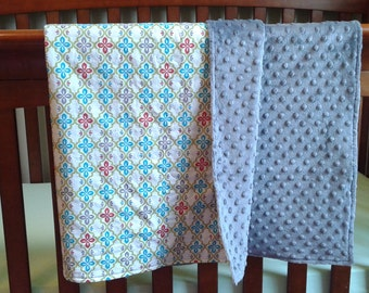 Elegant Cotton Baby Blanket with Minky Backing