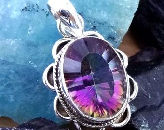 A Mystic Quartz Gemstone 925 Silver Designer Pendant 3.7 gram