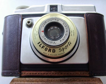 Vintage Ilford Sporti camera