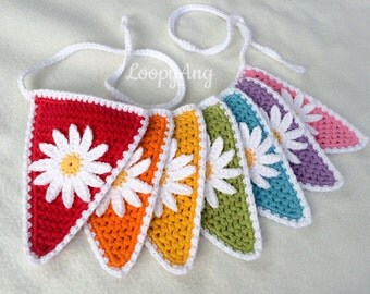 Daisy Crochet Bunting ~ 7 Triangle Flower Garland ~ Home Decor ~ Summerhouse, Caravan, Nursery, Colourful Decoration ~ Made to Order