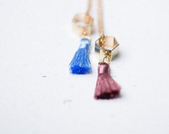 Pompon en hexagone pendentif Boho pendentif or couches collier Long moderne géométrique minimaliste coloré pour l'ete