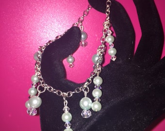 Bracelet (costume jewelry)