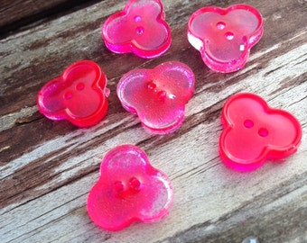 Trefoil shaped 2 hole vibrant pink paillette resin buttons, bling, glitter, pink, glass buttons, custom buttons