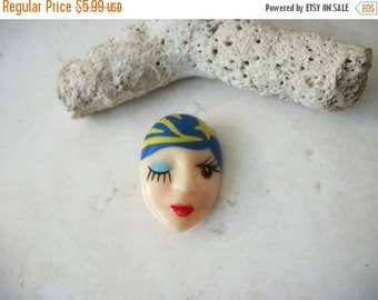 ON SALE Vintage Fortune Teller Plastic Pin 91416
