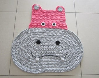 Baby girl rug, bedroom decor, girl's rug, Hipo rug, knnitted rug, baby shower gift, crochet rugs, animal rug, yarn girl rug, kids rugs