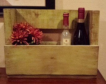 Reclaimed/Pallet Wood Shelf/Green Wall Shelf/Green Wood Shelf