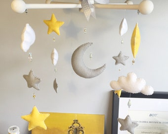 Moon & Stars Traditional Mobile