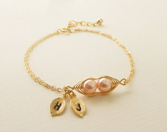 Two Peas In a Pod Bracelet, Peapod jewelry, Gold Filled, Friendship, Initial Bracelet, Personalized Pea Pod, Mother Gift, Peach Pearl