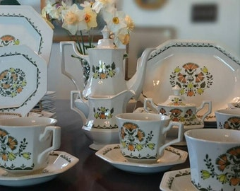 46 piece Greenfield Dinnerware Set Johnson Brothers Stoke-On-Trent/Made in England/Ironstone/Octoganal