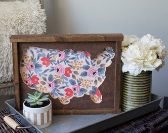 Wooden USA United States of America Floral Cutout