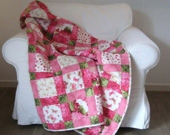 Handmade baby Quilt, Disappearing Nine Patch Quilt, Throw Quilt, Quilts