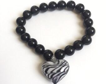 Black and white glass heart bracelet
