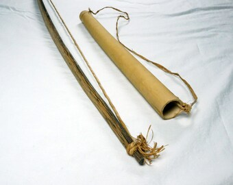 Old Papua New Guinea Wooden Bow and Quiver