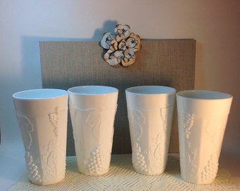 White Milk Glass Glasses Vases Vintage Shabby Cottage Chic Wedding Decor