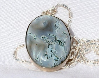 """Green Moss Agate Pendant Necklace 25 x 18 mm - 22"""" Chain"""