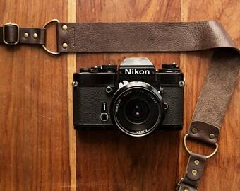 Bronkey  - Berlin #1 - Brown color - Leather Camera Strap: Mirrorless, Nikon, Leica, Fuji, 35mm, old cameras, DSLR, vintage & more.