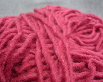 WOOL YARN /100% Merino Wool/wool yarn 100g/yarn/bulky wool yarn/handspun yarn/chunky yarn/110 yards/hot pink wool yarn