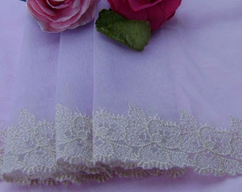 3.00 metres Pretty Mauve tulle Lace embroidered in Cream