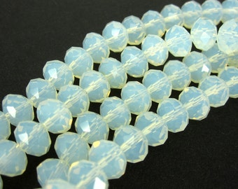 25 piece Facett beads - Moon Opal - 6 x 8 mm