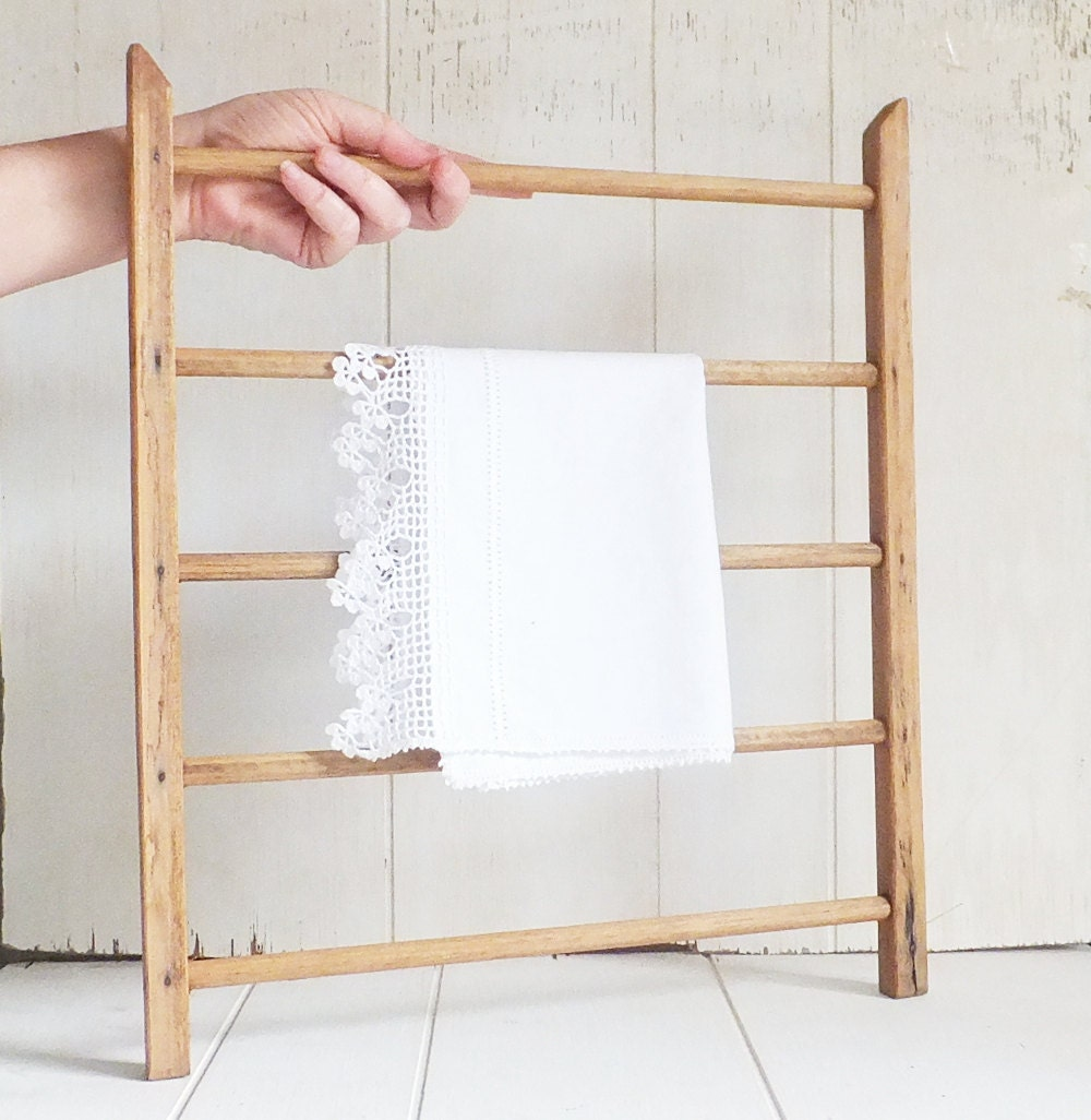 Wooden Wardrobe Rack Small Clothing Rack Drying Rack