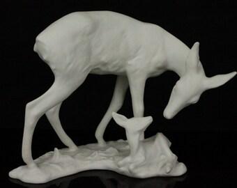 Kaiser Porcelain figurine 427 Doe with Fawn