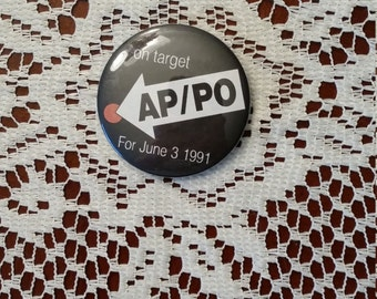 AP/PO On Target For June 3 1991 Pinback Button 2.25 Inches Round
