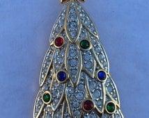 Vintage Signed Swarovski Rhinestone Christmas Tree Pin Brooch Book Piece