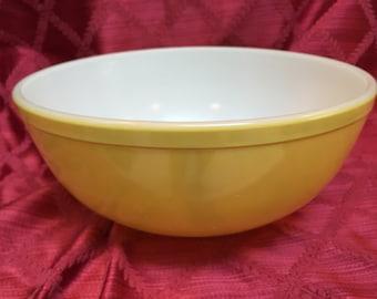 Pyrex Bowl, Yellow Pyrex Bowl, Mixing Bowl