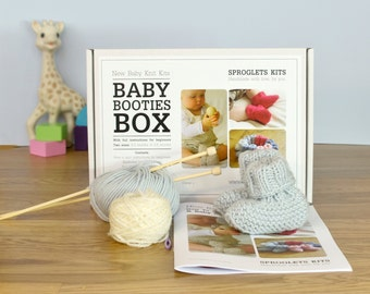 Baby Booties Beginner Knitting Kit / Learn to knit instructions included / Easy knitting pattern / Baby shower gift / Mother's day gift
