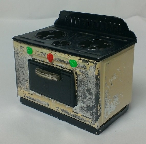 items similar to vintage italian tin toy stove miniature made in italy on etsy. Black Bedroom Furniture Sets. Home Design Ideas