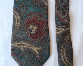 Christian Dior silk tie. Vintage silk tie. Paisley with red flowers.